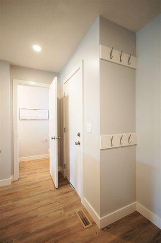Photo 5: 9325 93 Street NW in Edmonton: Zone 18 House Triplex for sale : MLS®# E4202549