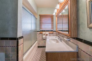 Photo 12: KENSINGTON House for sale : 4 bedrooms : 4940 Canterbury Drive in San Diego