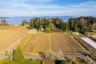 Photo 2: 6539 Welch Rd in Central Saanich: CS Martindale Land for sale : MLS®# 836410