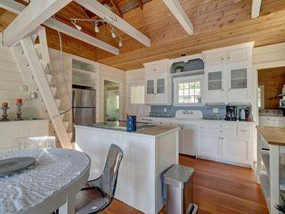 "Photo 16: 6129 SECHELT INLET Road in Sechelt: Sechelt District House for sale in ""SECHELT INLET OCEAN & MTN VIEWS"" (Sunshine Coast)  : MLS®# R2481200"