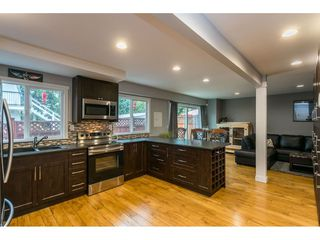"""Main Photo: 34 21555 DEWDNEY TRUNK Road in Maple Ridge: West Central Townhouse for sale in """"RICHMOND COURT"""" : MLS®# R2493117"""