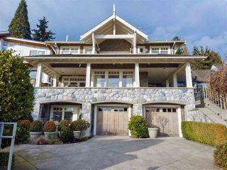 Photo 1: 3339 RADCLIFFE AVENUE in West Vancouver: West Bay House for sale : MLS®# R2477134