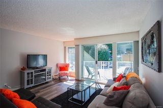 Photo 2: 508 2562 Departure Bay Rd in : Na Departure Bay Condo for sale (Nanaimo)  : MLS®# 858297