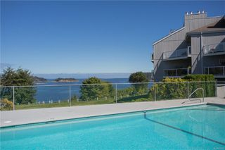 Photo 17: 508 2562 Departure Bay Rd in : Na Departure Bay Condo for sale (Nanaimo)  : MLS®# 858297
