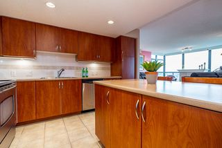 """Photo 8: 1804 615 HAMILTON Street in New Westminster: Uptown NW Condo for sale in """"Uptown"""" : MLS®# R2517600"""
