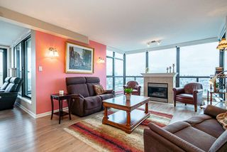 """Photo 3: 1804 615 HAMILTON Street in New Westminster: Uptown NW Condo for sale in """"Uptown"""" : MLS®# R2517600"""