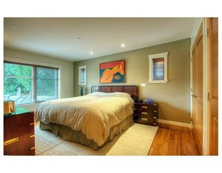 Photo 5: 1070 W KING EDWARD AV in Vancouver: House for sale : MLS®# V844807