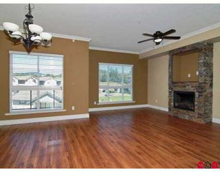 "Photo 2: A117 33755 7TH Avenue in Mission: Mission BC Condo for sale in ""THE MEWS"" : MLS®# F2723113"