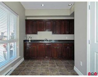 "Photo 8: A117 33755 7TH Avenue in Mission: Mission BC Condo for sale in ""THE MEWS"" : MLS®# F2723113"