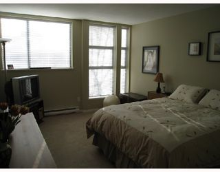 "Photo 4: 419 305 LONSDALE Avenue in North_Vancouver: Lower Lonsdale Condo for sale in ""The Met"" (North Vancouver)  : MLS®# V689798"