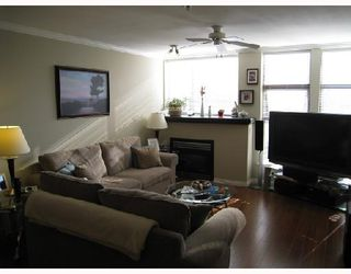 "Photo 3: 419 305 LONSDALE Avenue in North_Vancouver: Lower Lonsdale Condo for sale in ""The Met"" (North Vancouver)  : MLS®# V689798"