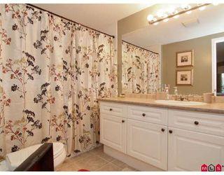 "Photo 7: 102 22025 48TH Avenue in Langley: Murrayville Condo for sale in ""AUTUMN RIDGE"" : MLS®# F2806137"