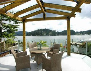 """Main Photo: 2748 PANORAMA Drive in North_Vancouver: Deep Cove House for sale in """"DEEP COVE"""" (North Vancouver)  : MLS®# V704268"""