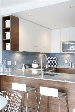 Photo 7: # 301 4375 West 10th Avenue in Vancouver: Point Grey Condo for sale (Vancouver West)