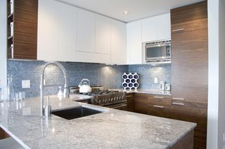 Photo 2: # 301 4375 West 10th Avenue in Vancouver: Point Grey Condo for sale (Vancouver West)