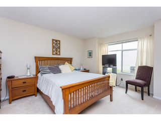 """Photo 12: 45 19649 53 Avenue in Langley: Langley City Townhouse for sale in """"Huntsfield Green"""" : MLS®# R2394879"""