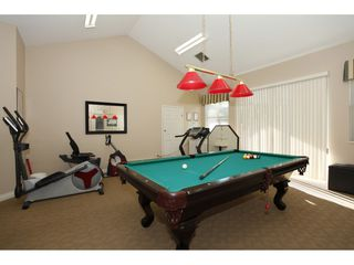 """Photo 17: 45 19649 53 Avenue in Langley: Langley City Townhouse for sale in """"Huntsfield Green"""" : MLS®# R2394879"""