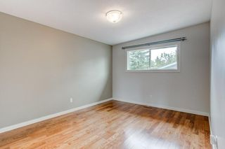 Photo 15: 3811 43 Street SW in Calgary: Glenbrook Semi Detached for sale : MLS®# C4267535
