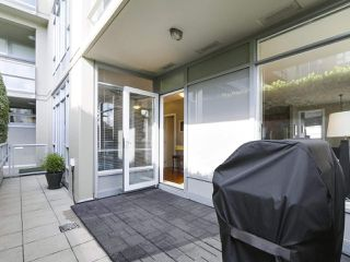 "Photo 15: 213 2055 YUKON Street in Vancouver: False Creek Condo for sale in ""MONTREAUX"" (Vancouver West)  : MLS®# R2406659"