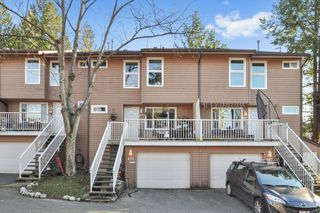 "Photo 1: 471 LEHMAN Place in Port Moody: North Shore Pt Moody Townhouse for sale in ""EAGLE POINT"" : MLS®# R2422434"