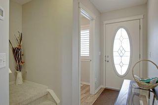 Photo 3: 138 Aspen Mews: Strathmore Semi Detached for sale : MLS®# C4299274