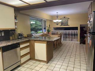 Photo 5: 6438 KNIGHT Drive in Delta: Sunshine Hills Woods House for sale (N. Delta)  : MLS®# R2473641