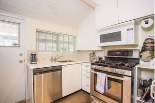 "Photo 9: 2831 GORDON Avenue in Surrey: Crescent Bch Ocean Pk. House for sale in ""Crescent Beach"" (South Surrey White Rock)  : MLS®# R2476389"
