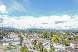 "Photo 34: 801 415 E COLUMBIA Street in New Westminster: Sapperton Condo for sale in ""San Marino"" : MLS®# R2477150"