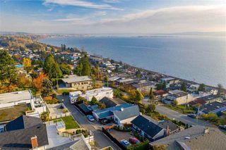Photo 1: 15411 COLUMBIA Avenue: White Rock House for sale (South Surrey White Rock)  : MLS®# R2482813