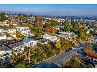 Photo 4: 15411 COLUMBIA Avenue: White Rock House for sale (South Surrey White Rock)  : MLS®# R2482813