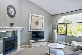 "Main Photo: 407 1340 DUCHESS Avenue in West Vancouver: Ambleside Condo for sale in ""DUCHESS LANE"" : MLS®# R2495699"