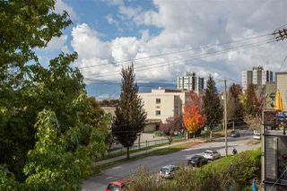 """Photo 14: 402 1515 E 6TH Avenue in Vancouver: Grandview Woodland Condo for sale in """"Woodland Terrace"""" (Vancouver East)  : MLS®# R2511230"""