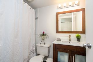 """Photo 17: 402 1515 E 6TH Avenue in Vancouver: Grandview Woodland Condo for sale in """"Woodland Terrace"""" (Vancouver East)  : MLS®# R2511230"""