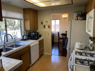 Photo 8: SAN DIEGO House for sale : 4 bedrooms : 6476 Calle Pavana