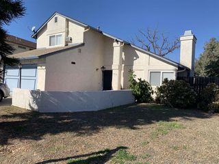 Photo 2: SAN DIEGO House for sale : 4 bedrooms : 6476 Calle Pavana