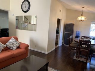 Photo 5: SAN DIEGO House for sale : 4 bedrooms : 6476 Calle Pavana