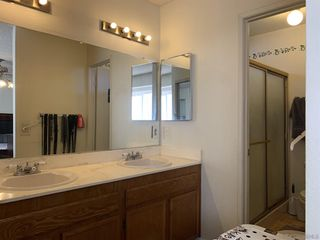 Photo 11: SAN DIEGO House for sale : 4 bedrooms : 6476 Calle Pavana