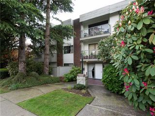 Main Photo: # 105 - 1515 Chesterfield Ave. in N. Vancouver: Central Lonsdale Condo for sale (North Vancouver)  : MLS®# V826517