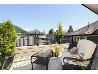 Photo 4: 3123 SUNNYHURST RD in North Vancouver: Lynn Valley House for sale : MLS®# V904323