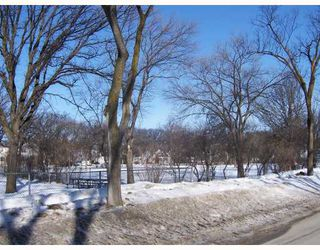 Photo 2: 448 BROCK Street in WINNIPEG: River Heights / Tuxedo / Linden Woods Residential for sale (South Winnipeg)  : MLS®# 2803760