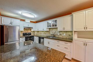 """Main Photo: 14 15550 89 Avenue in Surrey: Fleetwood Tynehead Townhouse for sale in """"BARKERVILLE"""" : MLS®# R2426250"""