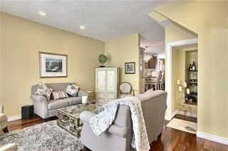 Photo 5: 603 15 Street NW in Calgary: Hillhurst Semi Detached for sale : MLS®# C4300214