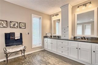 Photo 23: 603 15 Street NW in Calgary: Hillhurst Semi Detached for sale : MLS®# C4300214