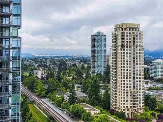 "Photo 13: 1807 6383 MCKAY Avenue in Burnaby: Metrotown Condo for sale in ""Goldhouse"" (Burnaby South)  : MLS®# R2473529"