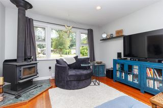 Photo 3: 630 Kildew Rd in Colwood: Co Hatley Park Single Family Detached for sale : MLS®# 844195