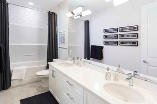 Photo 6: 21 Crestbrook Way SW in Calgary: Crestmont Detached for sale : MLS®# A1018411