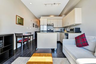 Photo 8: 306 1121 Fort St in : Vi Downtown Condo for sale (Victoria)  : MLS®# 851451