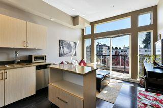 Photo 4: 306 1121 Fort St in : Vi Downtown Condo for sale (Victoria)  : MLS®# 851451