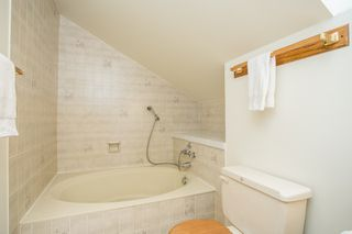 """Photo 19: 2 6360 LYNAS Lane in Richmond: Riverdale RI Townhouse for sale in """"TIFFANY MANOR"""" : MLS®# R2486503"""