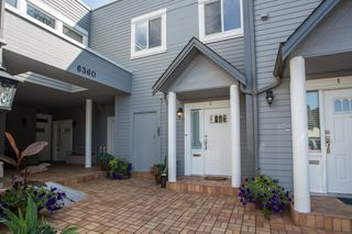 """Photo 1: 2 6360 LYNAS Lane in Richmond: Riverdale RI Townhouse for sale in """"TIFFANY MANOR"""" : MLS®# R2486503"""